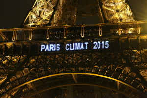 paris_eiffel_tower_climate (theenvironment.co.in)
